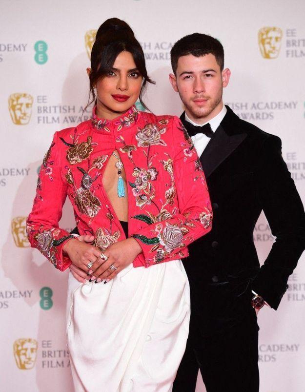 Priyanka Chopra et Nick Jonas font un don pour aider l'Inde à lutter contre le coronavirus