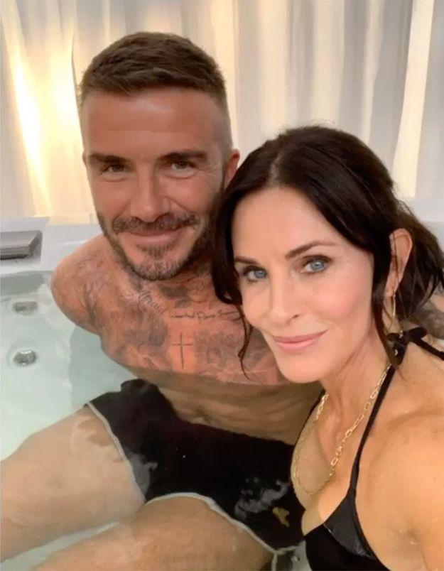 Que faisaient David Beckham et Courteney Cox ensemble dans un jacuzzi ?