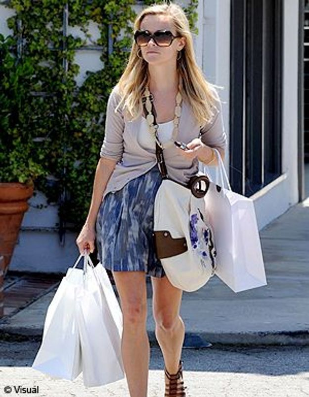 Reese Witherspoon joue les bonnes samaritaines !