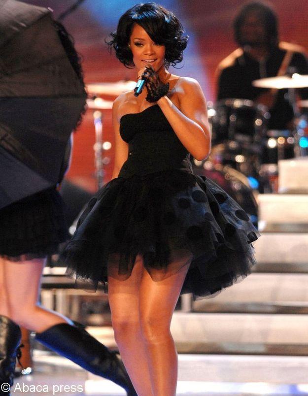 Rihanna et Shakira : leurs concerts en Azerbaïdjan dérangent