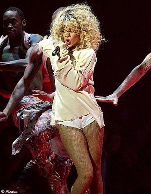 Rihanna, insultée par les rockeurs