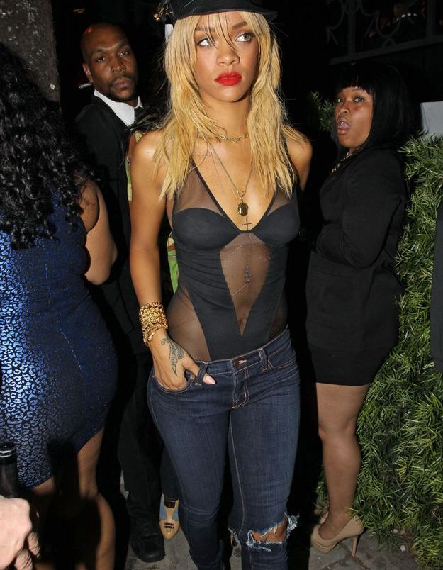 Rihanna dans un club de Los Angeles
