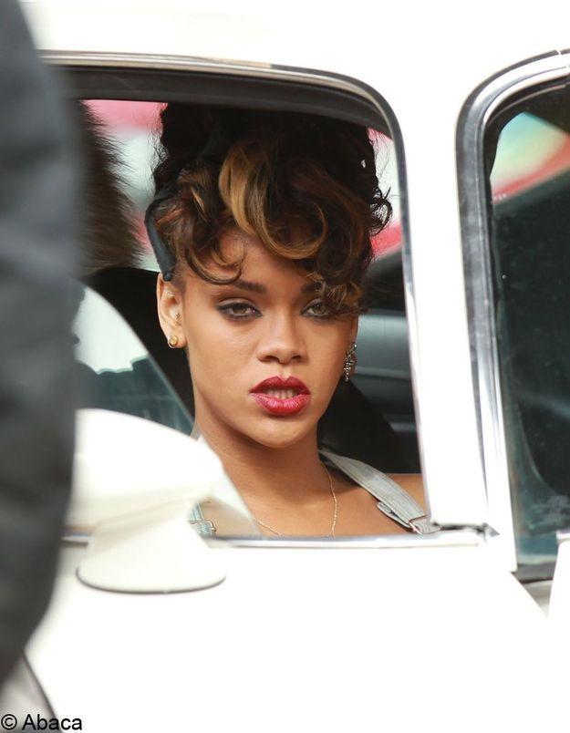Rihanna: Robert Pattinson en est fan!