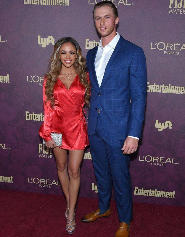 Riverdale : juste après avoir annoncé sa grossesse, Vanessa Morgan divorce