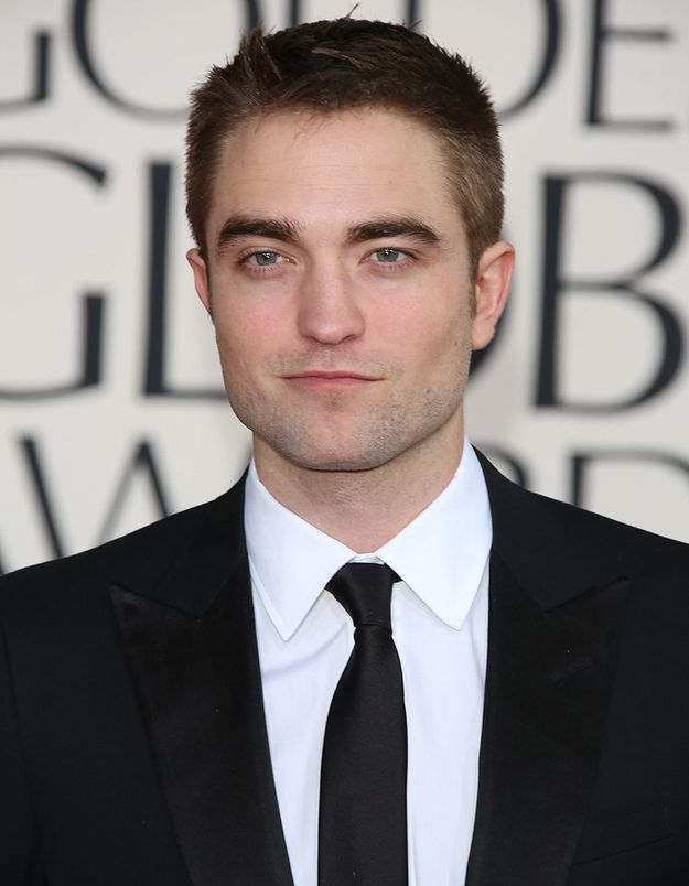 Robert Pattinson, surpris avec sa nouvelle petite amie