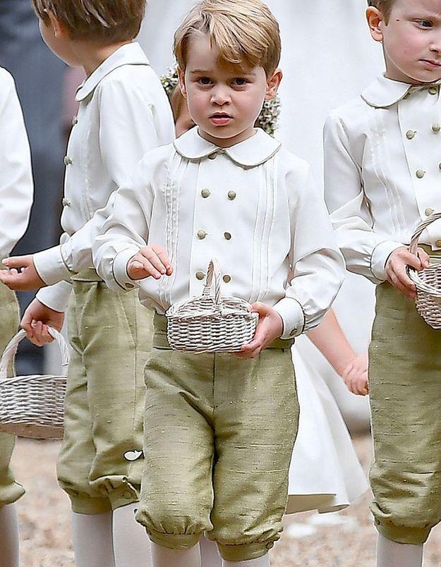 Le prince George dans son costume
