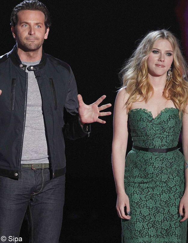 Scarlett Johansson et Bradley Cooper: les débuts d'une romance