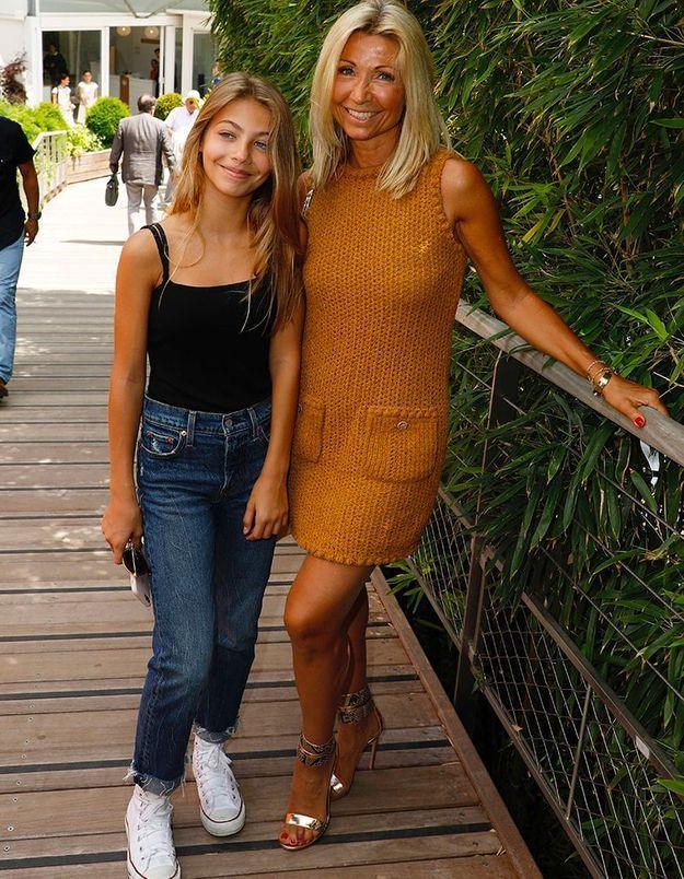 Stella, la fille de 14 ans de Jean-Paul Belmondo, fait ses débuts à Roland Garros