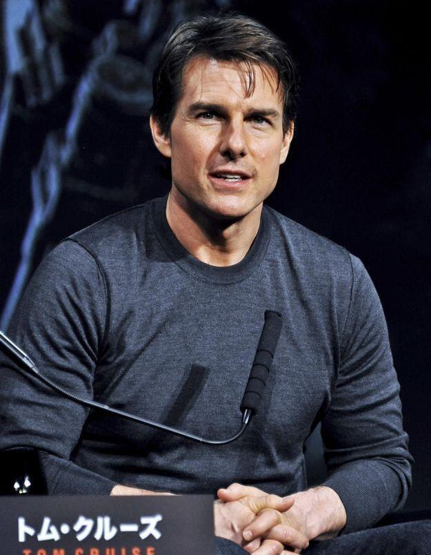 Tom Cruise amoureux de son assistante de 22 ans?