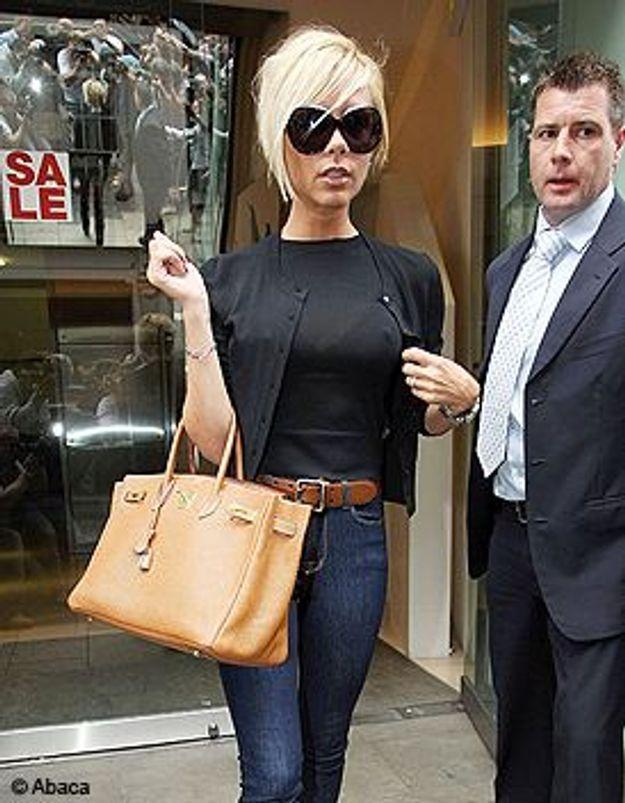 Victoria Beckham : jamais sans son sac !