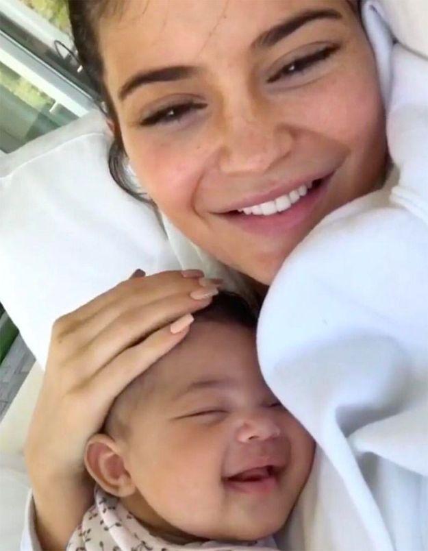 Vidéo : à 5 mois, la fille de Kylie Jenner possède plus de chaussures que vous n'en aurez jamais !