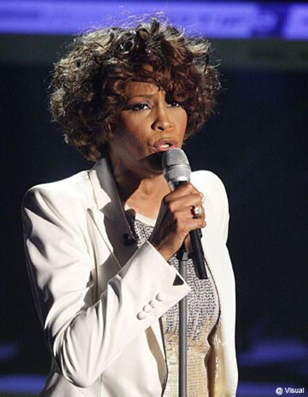 Whitney Houston a-t-elle retrouvé ses vieux démons ?