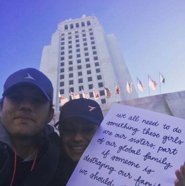 Ashton Kutcher s'est rendu à la Women's March avec sa femme Mila Kunis