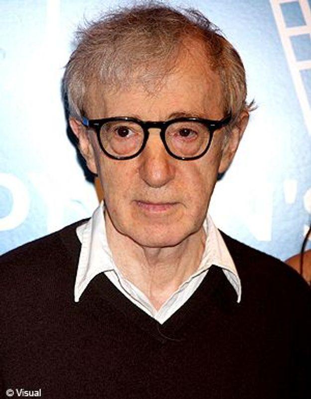 Woody Allen attaqué sur sa vie privée