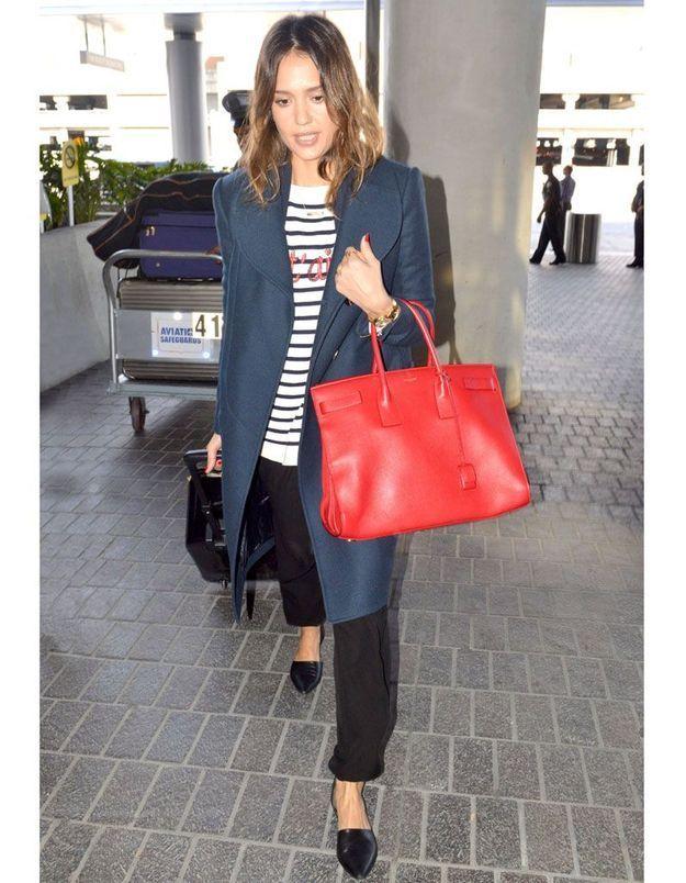 Le look du jour : Jessica Alba, direction Paris !
