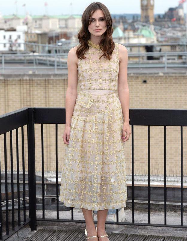 Le look du jour: Keira Knightley, jolie chanteuse!