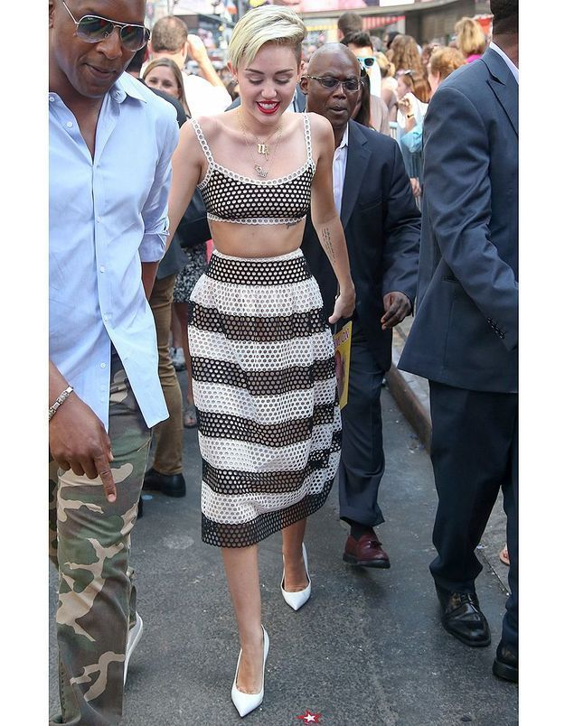 Le look du jour: Miley Cyrus toujours plus provocante!
