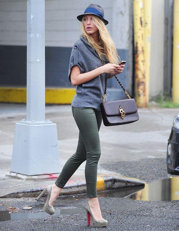 Repérée seule dans les rues de New-York, l'actrice prouve qu'elle ne doit pas son allure aux stylistes de « Gossip Girl ».