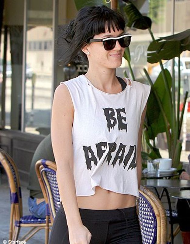 People diaporama tendance nombril a l air katy perry