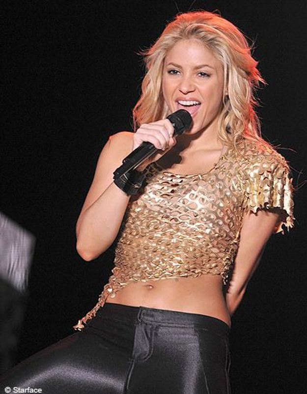 People diaporama tendance nombril a l air shakira