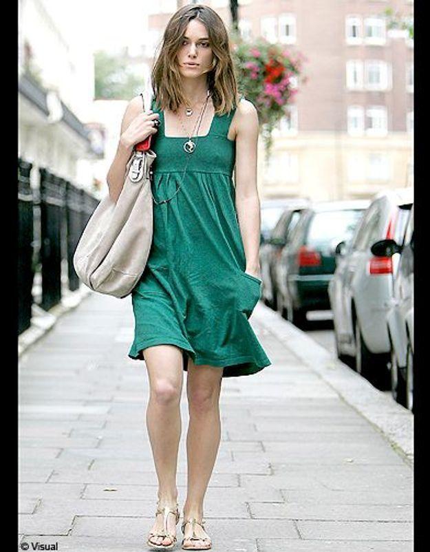 En petite robe verte