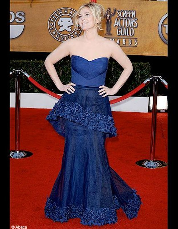 dew barrymore robe bleue