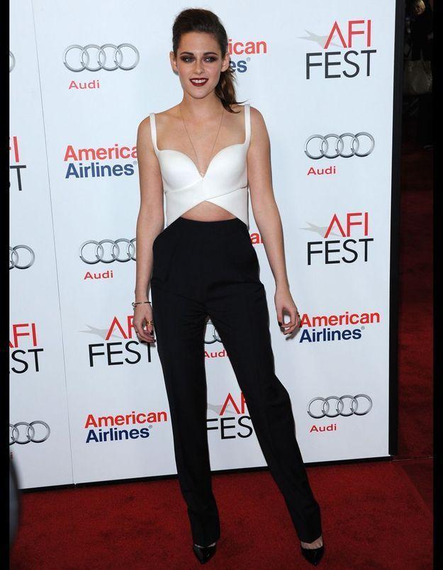 Le look black and white vu par Kristen Stewart