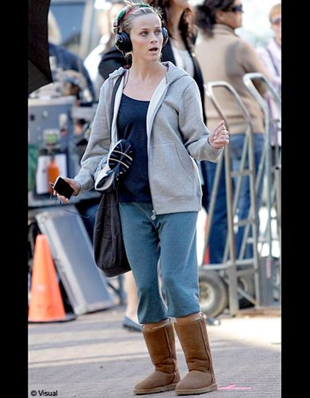 People trajcetoire tendance uggs Reese Witherspoon
