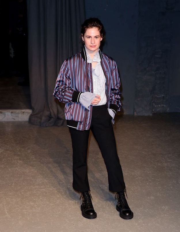 Christine and the Queens au défilé Burberry