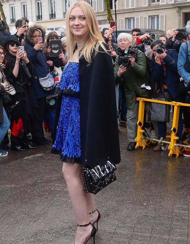 Dakota Fanning au défilé Valentino
