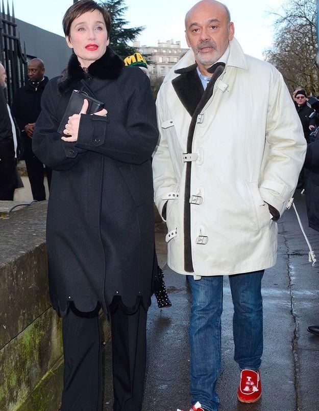 Kristin Scott Thomas et Christian Louboutin au défilé Valentino