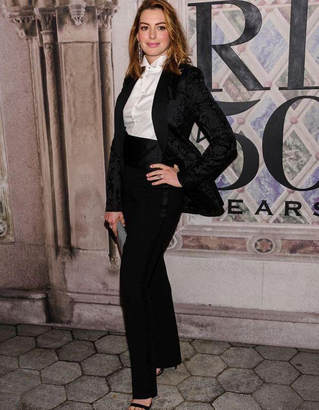 Anne Hathaway au défilé Ralph Lauren