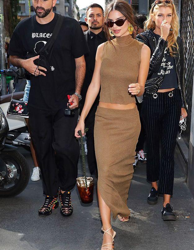 Emily Ratajkowski au défilé Dolce & Gabbana