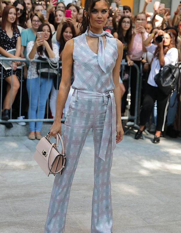 Sara Sampaio au défilé Dolce & Gabbana