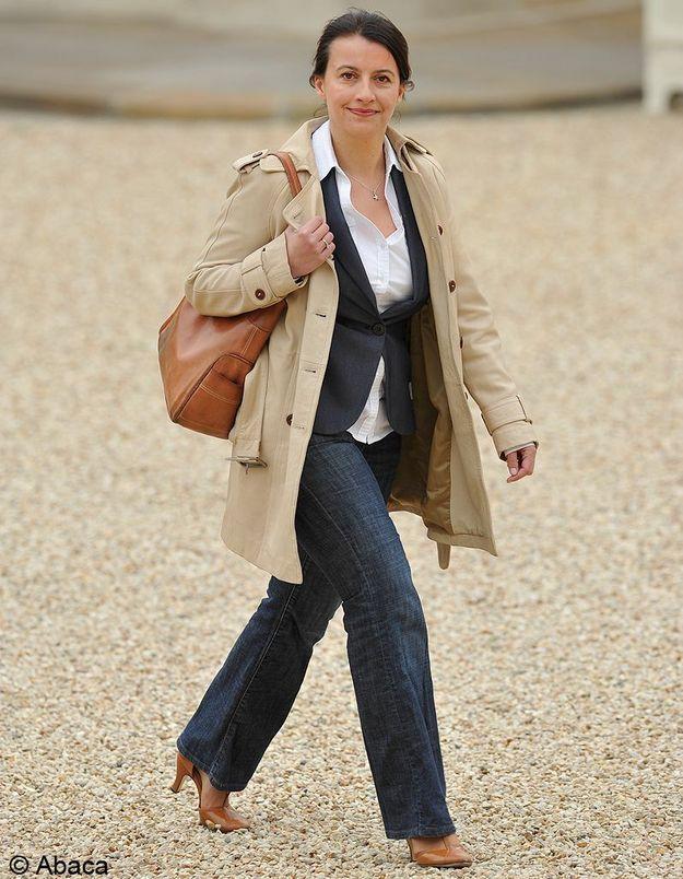 17 mai 2012 Cécile Duflot en jean au conseil des ministres