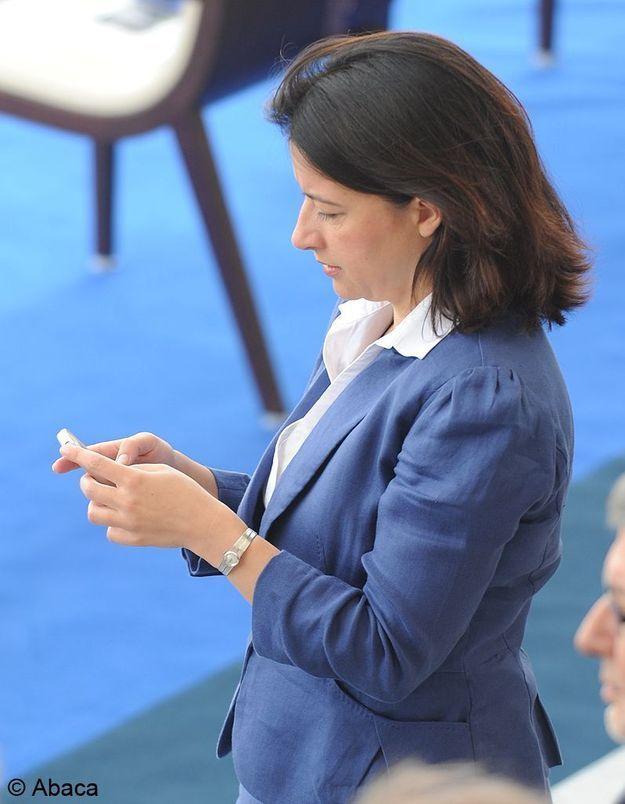 """5 décembre 2011 Cécile Duflot et son """"tweet clash"""" avec Eric Besson"""