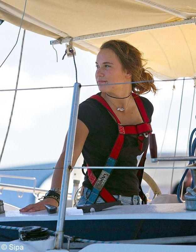 Laura Dekker pour son tour du monde à la voile en solitaire à 16 ans