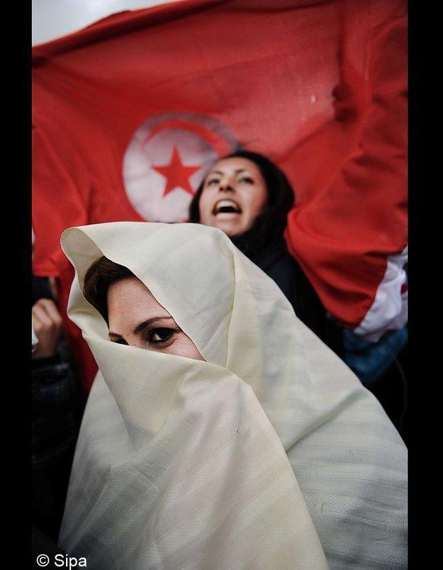 Les Tunisiennes, pour la poursuite de leur Révolution