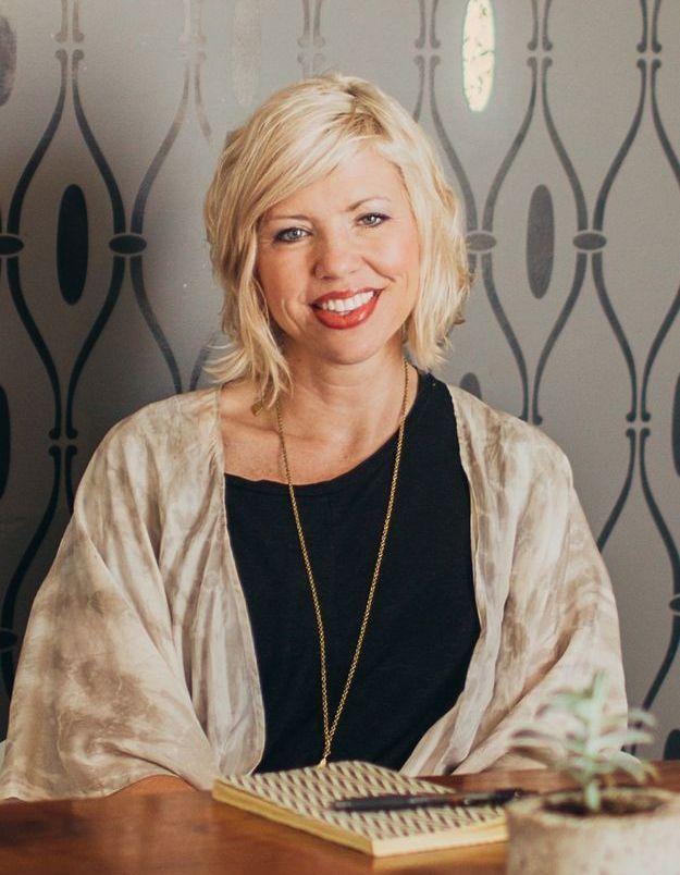 Kirsten Dickerson, celle qui sort les femmes de la violence