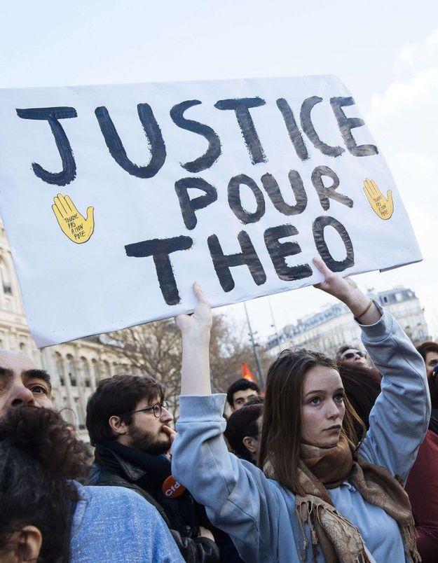 Affaire Théo : le parquet écarte la qualification de « viol aggravé »