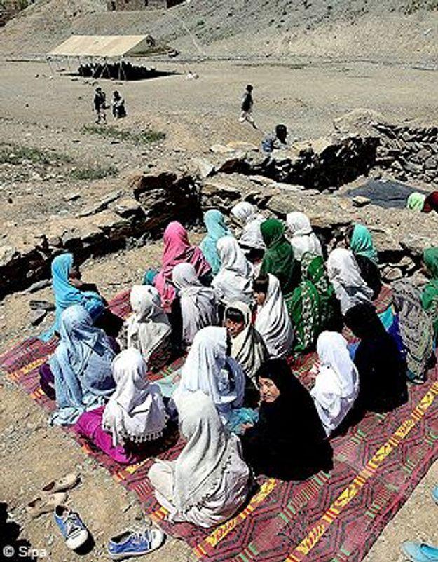 Afghanistan : les filles interdites d'école