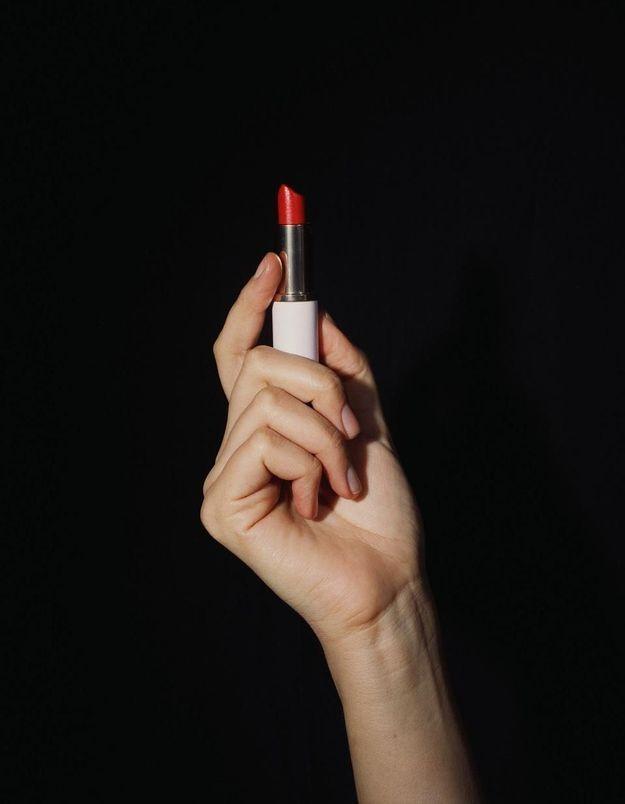 Après le vernis, bientôt un rouge à lèvres anti-viol ?