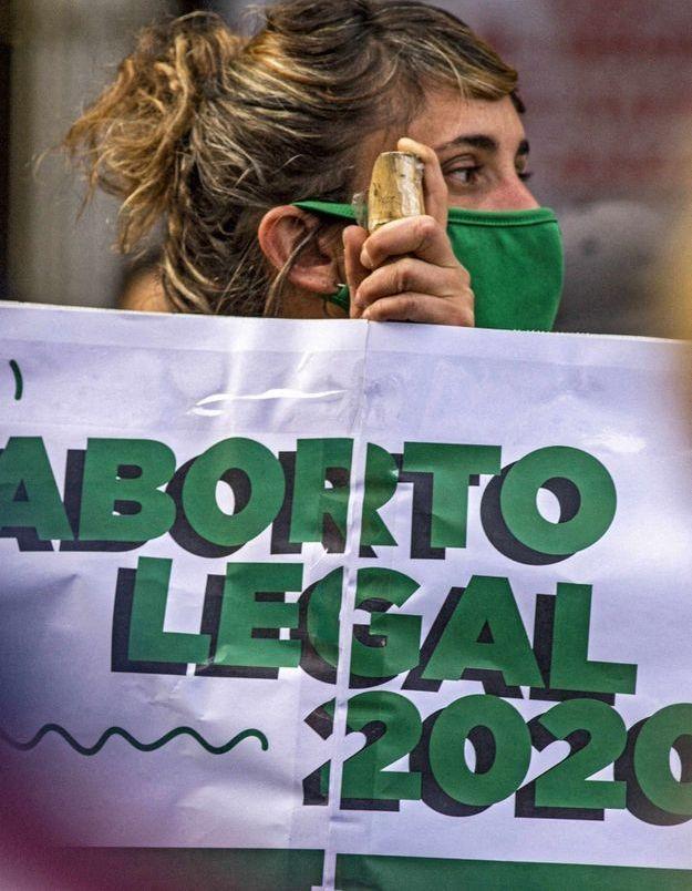 Argentine : avec huit mois de retard le gouvernement présente son projet de loi pour légaliser l'IVG