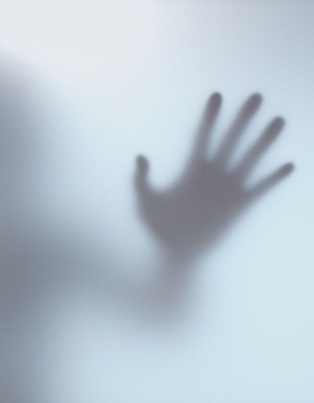 Avec « Aimer sans abuser », YSL Beauté s'engage dans la lutte contre les violences conjugales