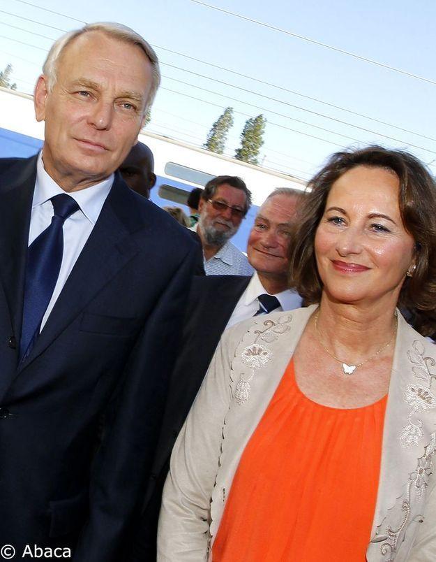 Ayrault demande à Falorni de se désister face à Royal