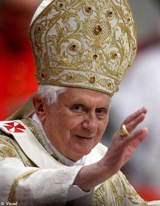 Benoît XVI a rencontré celle qui l'avait agressé