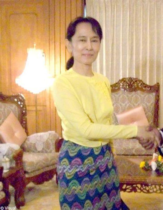 Birmanie : Aung San Suu Kyi interdite de vote