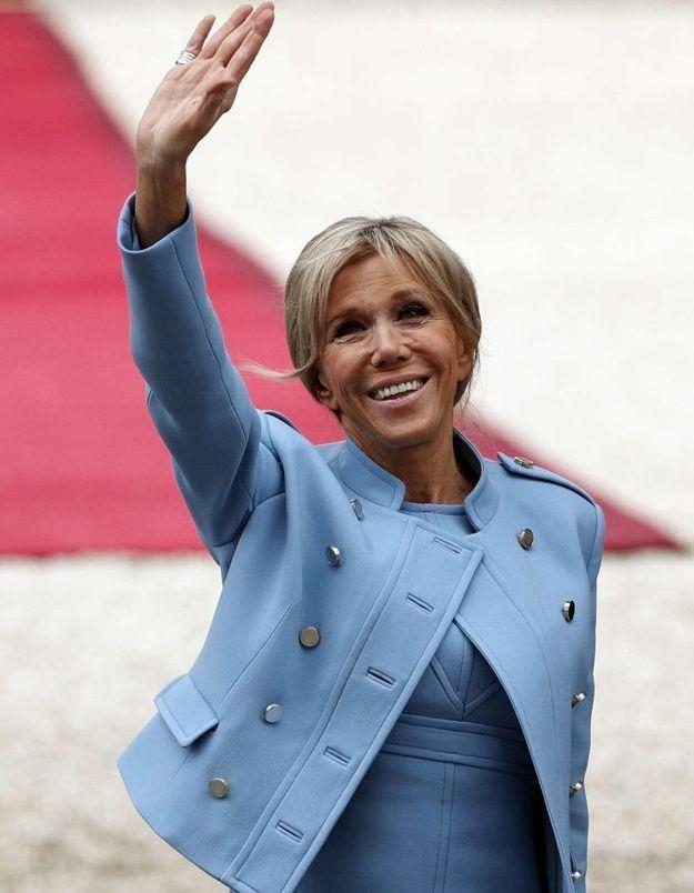 Brigitte Macron : son bureau à l'Elysée, mais quel statut de Première Dame pour elle ?