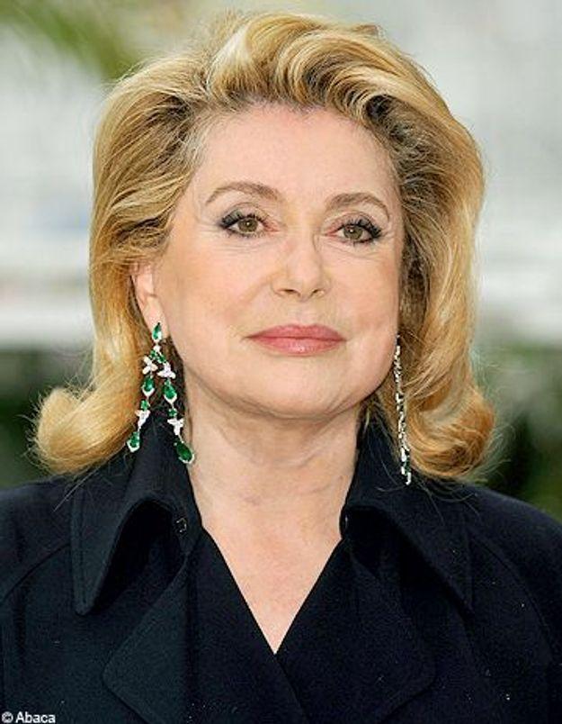 Catherine Deneuve dément avoir critiqué Carla Bruni