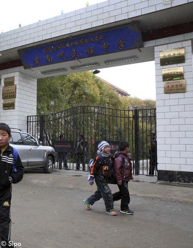 Chine : une lycéenne Tibétaine de 16 ans s'immole par le feu